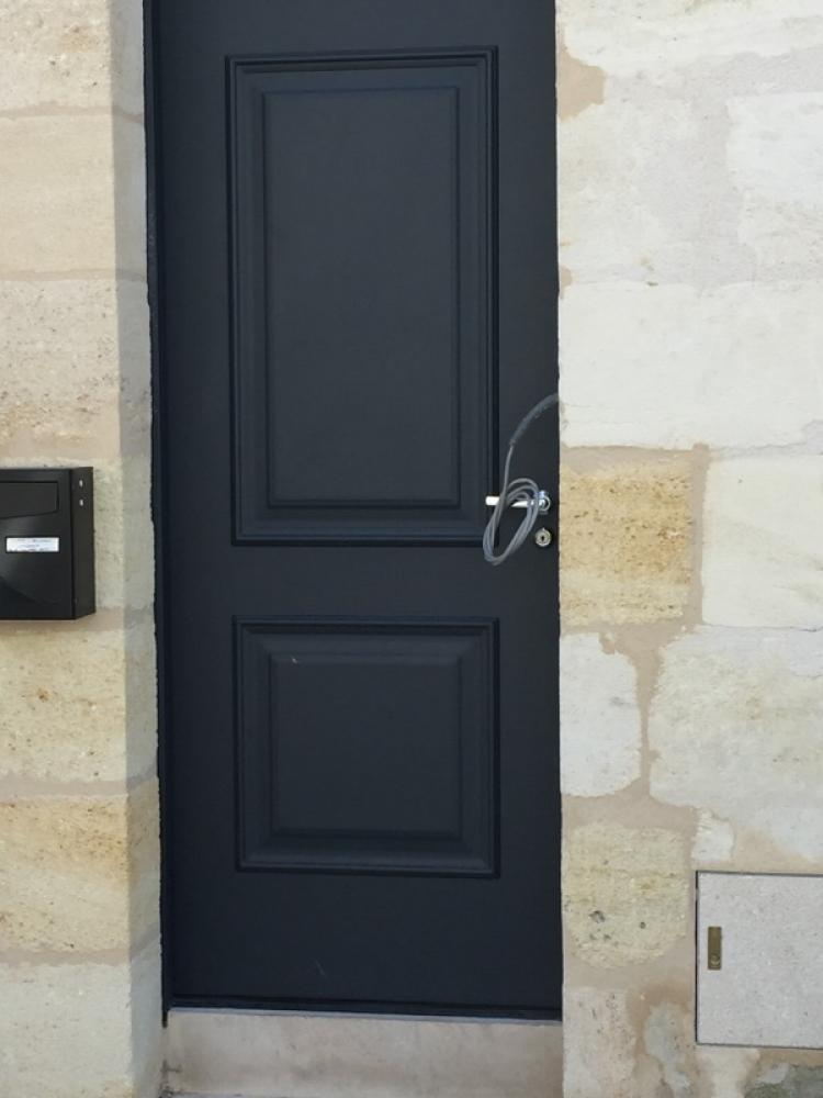 Portes blindees bordeaux porte d 39 entr e echoppe bordeaux for Alarme porte d entree