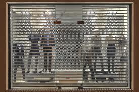 grilles rideaux metaliques portes roulantes rideau m tallique bordeaux serrurerie. Black Bedroom Furniture Sets. Home Design Ideas